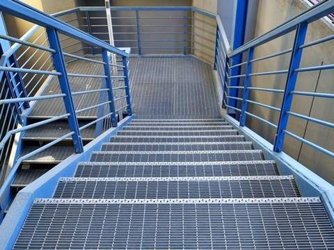 Safety Step Bar Grating