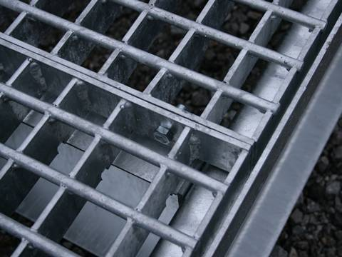 heavy duty welded steel grating- stainless steel