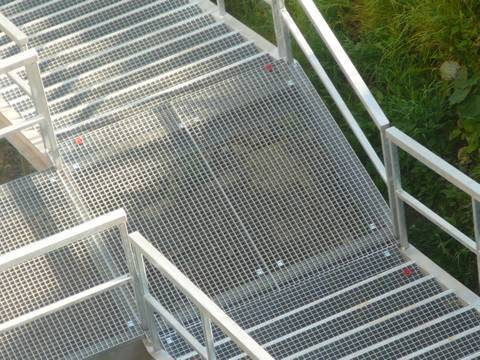 light duty steel grating- application as stair cover