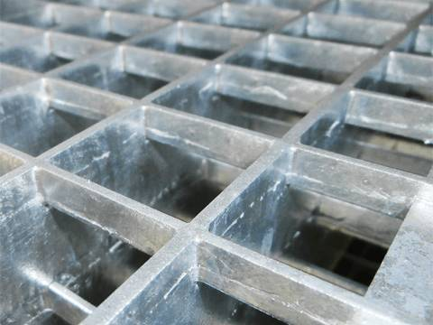 Hot dipped galvanized heavy duty press locked grates.